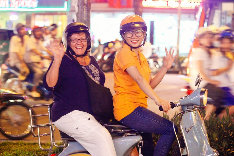 Saigon-After-Dark-Bike-Tour-6