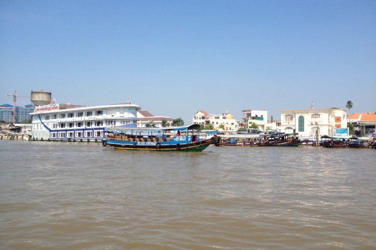 Mekong-Delta-Vietnam-Travel-Group-0005-1024×768