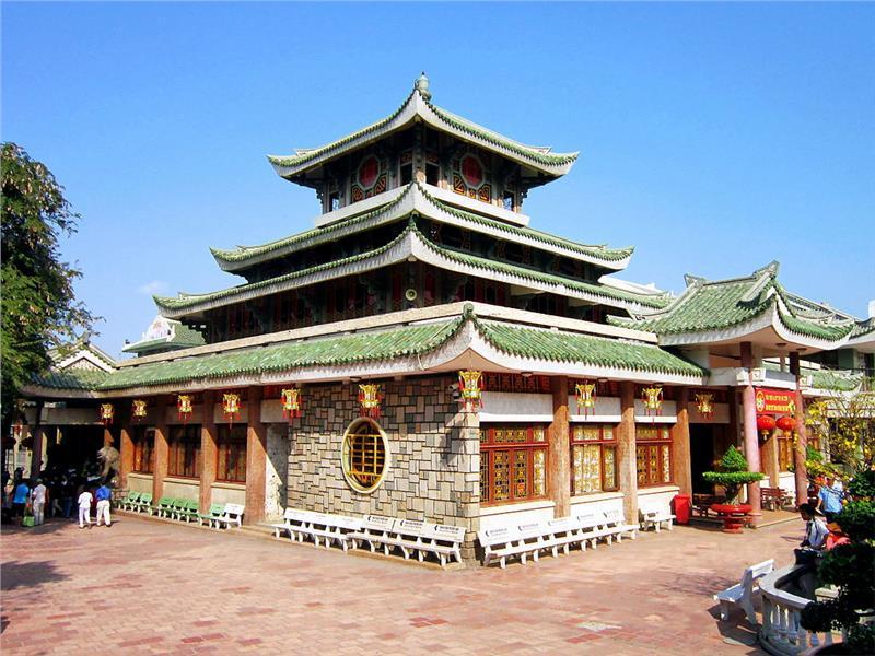 ba-chua-xu-temple-in-sam-mountain-627