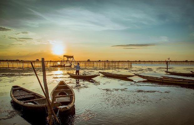 chuon-lagoon-sunset