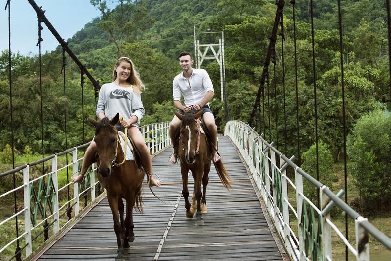 Horse-Riding-Henri-1_1-OiVietNam_3N