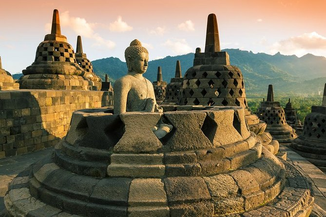 Vns tour -Borobudur Temple